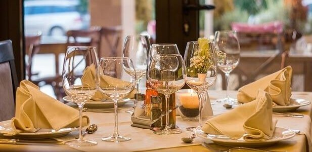 Wellness Tips for Dining Out